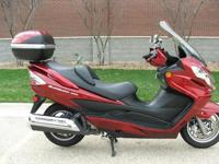 Outstanding 2008 Suzuki Burgman 400 Scooter in