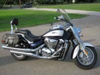 Description Suzuki Boulevard 2008 6000 miles, With a