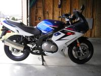 Low mileage (approx 1700 miles) 2008 Suzuki GS500F in
