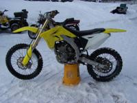 2008 Suzuki RMZ 250 4 stroke has dna wheels and rotors