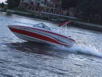 The Tahoe Q4 is a wonderful runabout 18' boat. Offers