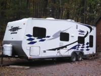 2008 Thor Industries Tahoe M230F. This lovely Travel