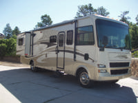 2008 Tiffin Open Road 32BA-300HP Cummins Diesel 34,000