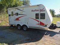 For Sale  19 ft toy hauler called FUN FINDER made by