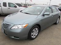 EPA 31 MPG Hwy/21 MPG City! Excellent Condition, CARFAX