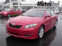 Camry SE Alloy wheels and SUNROOF | MOONROOF. Isn't it