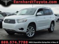 We are pleased to offer you this 2008 Toyota Highlander