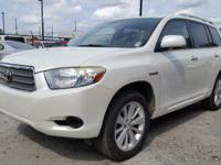 This 2008 Toyota Highlander Hybrid Base boasts features