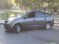 Options:  2008 Toyota Prius Base 4Dr