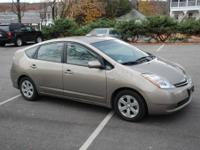 2008 TOYOTA Prius HATCHBACK 4 DOOR Our Location is: