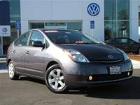 This 2008 Toyota Prius 4dr Touring Hatchback features a