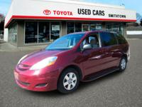 CarFax 1-Owner, This 2008 Toyota Sienna LE will sell