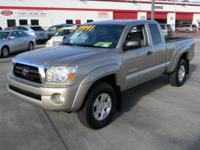 Options Included: SR5, ABS (4-Wheel), Keyless Entry,