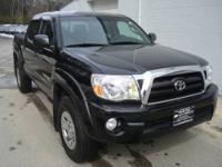 Only 1 previous owner on this 2008 Toyota Tacoma Double