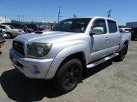 Tacoma trim. Excellent Condition. FUEL EFFICIENT 20 MPG