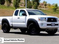 Exterior Color: super white, Body: Extended Cab Pickup,