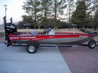Single-owner 2008 Tracker Pro Team 190 TX w/ dual