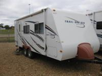 Up for sale today is a 2008 Trail Cruiser 23QB travel