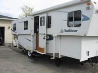 TRAILMANOR TRAILER, CLEAN LIKE NEW, SLIDING DINING,
