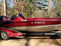 2008 Triton 20ft TR 200 with 225 Mercury ProXS. 24 volt