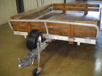 2008 Triton Trailers atv-88 Lots of extra's wood sides