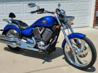 2008 Victory Vegas Low. Boardwalk Blue. Very clean &