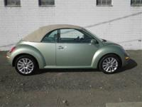 2008 VOLKSWAGEN Beetle CONVERTIBLE 2dr Auto SE