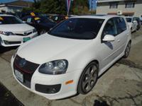 Options:  2008 Volkswagen Gti|Our Sporty 2008