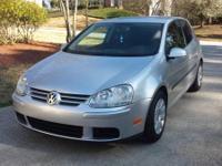 2008 Volkswagen Golf/Rabbit with 41k miles. 5speed