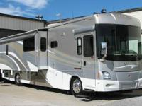 2008 Winnebago 40td (400), Engine:425H.P. ISL,