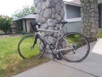 2008 Canondale women's bike only used 1 time!! $1300
