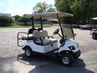 Very Nice, like new 2008 Yamaha Drive gas golf cart.
