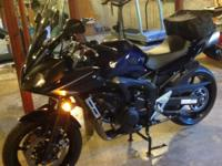 2008 Yamaha Blue FZ6 in great condition with 13000