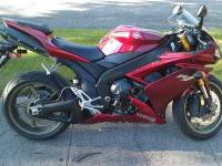 2008 Yamaha R1 Sportbike This is a fast bike, it has