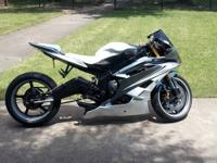 Fully custom 2008 Yamaha R6. Comes lowered and