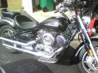 MUST SELL- Yamaha V-Star 1100 Classic, Excellent