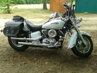 2008 Yamaha V-Star 1100cc Classic LOW MILES- 2812 miles