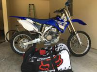 2008 Yamaha YZ 250F Dirt Bike absolutely like new. This