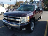 This outstanding example of a 2008 Chevrolet Silverado