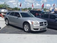 2008 DODGE MAGNUM SILVER 6 CIL. or 2004 CRYSLER