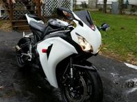 2008 Honda CBR 1000RR.comes with 2 keys and clear