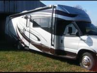 This is a fully loaded 2008 Jayco Melbourne 29D,