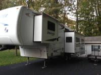 2008 40 foot Keystone Sprinter, with Arctic package,