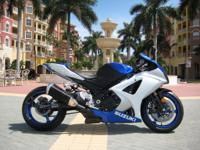 This is a 2008 SUZUKI GSXR 1000 in immaculate