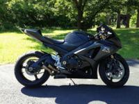 You are looking at a beautiful 2008 suzuki gsxr 1000