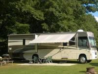 2008 Winnebago Voyage 35L, This is a must see one owner