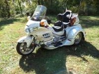 This is a 2008 Honda Goldwing Trike GL1800, Pearl White