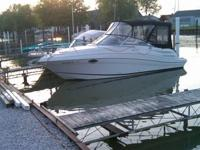 2009 258V Four Winns Volvo Penta 300 HP  One owner ,