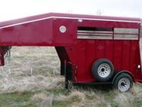 I'm selling my custom built 2 horse gooseneck trailer