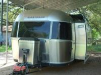 Hard-To-Find 2009 Airstream Classic 30 Ft. With Slide.
